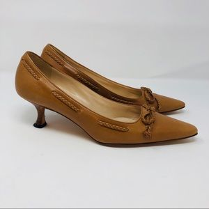 Manolo Blahnik Braided Trim & Bow Tan heels